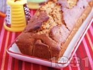 Рецепта Лесен морковен кекс / сладкиш със стафиди, канела, прясно мляко и белени бадеми